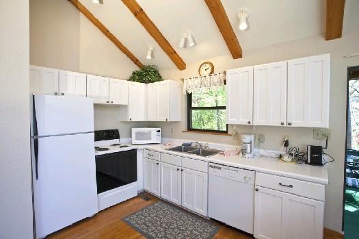 Smoky Mountain Cabin Rentals | Riversong | 3 Bedroom Cabin Rental |  Ballplay | Tellico Plains | Tellico Bacation Rentals Cabin Rental In Tellico  Plains, TN ...